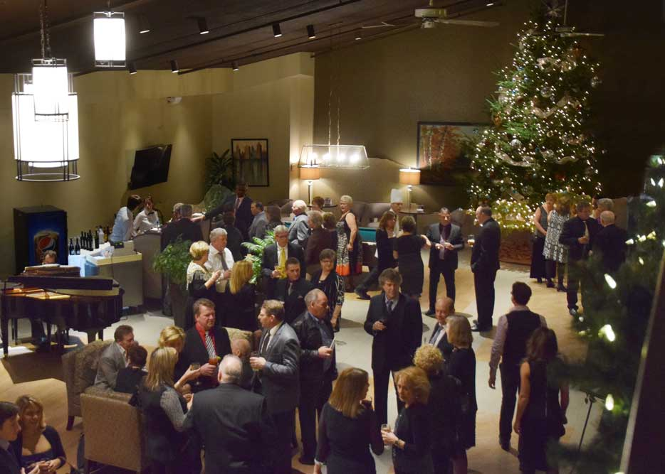New Years Eve Mingle in the Lobby