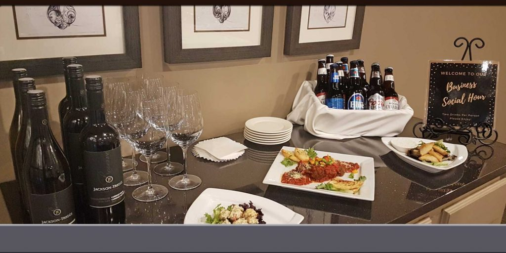 Business Social Hour on Wednesday Evenings 6-7pm