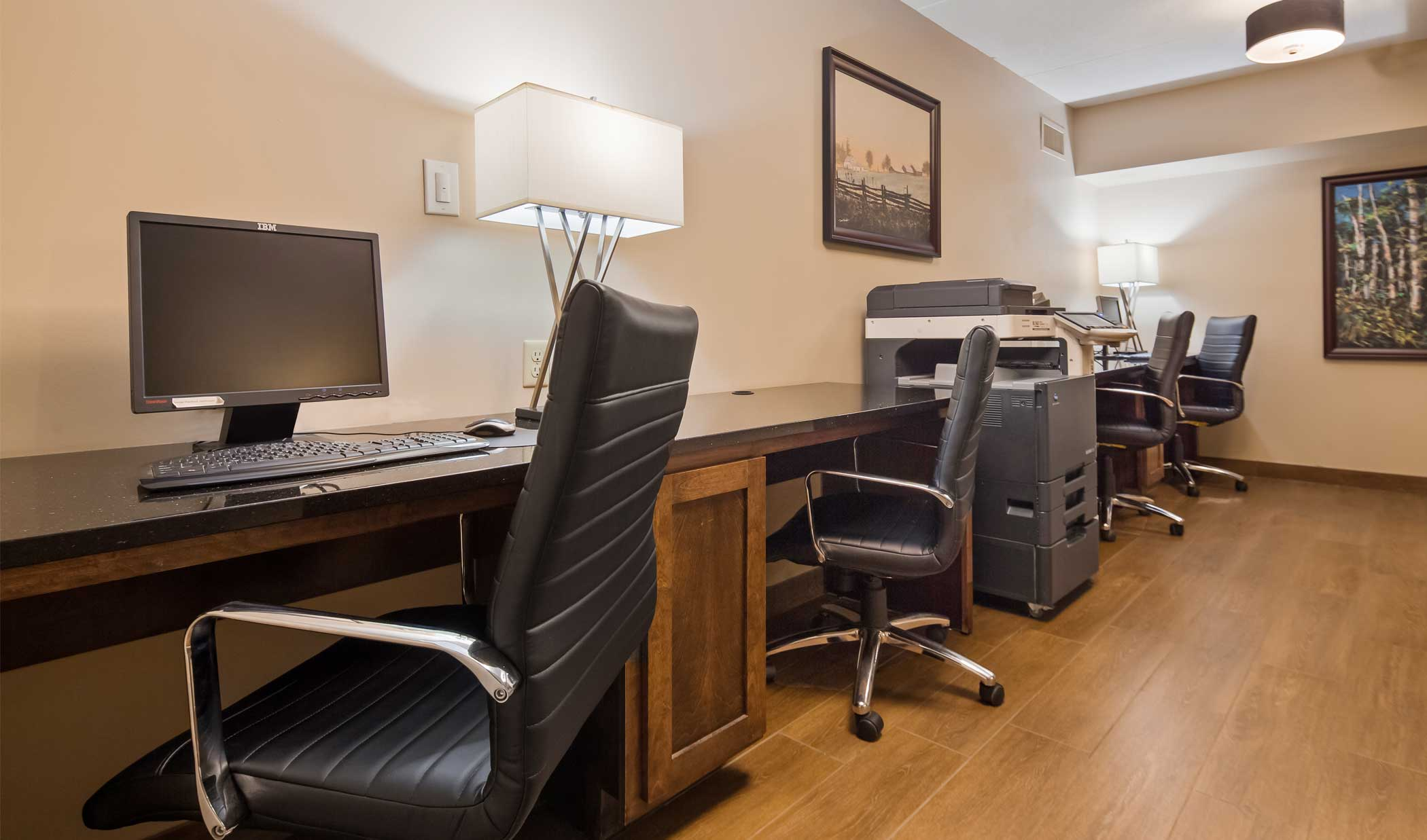Complimentary Business Centre