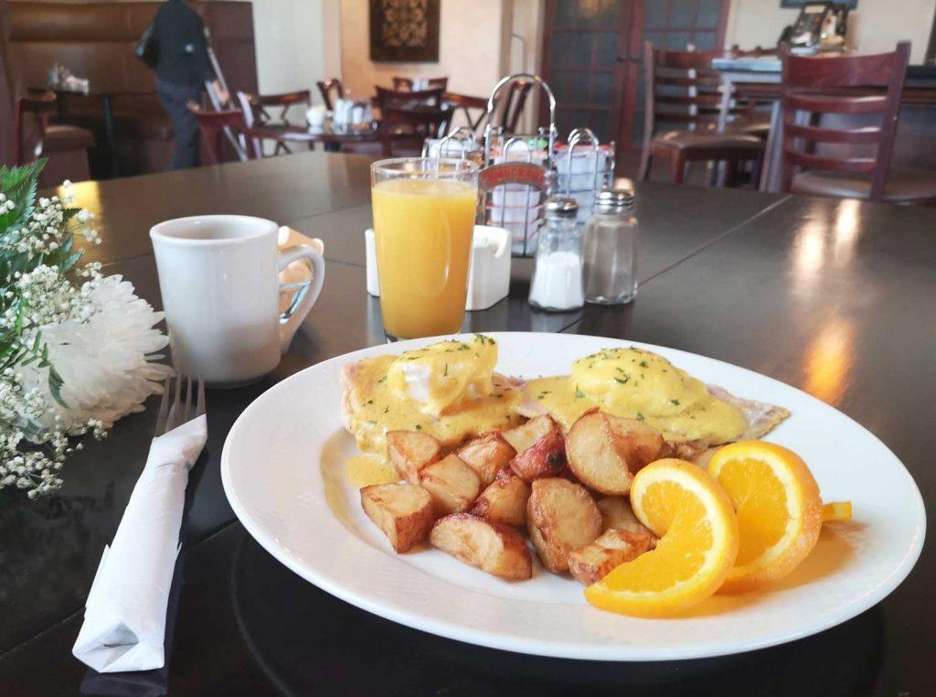 Complimentary Breakfast Freshly Prepared